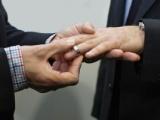 Diez parejas gay con amparo para casarse