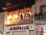 Sofocan incendio en mueblería bomberos de Veracruz