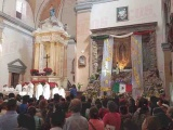 Acuden jarochos a celebrar a la Virgen de Guadalupe