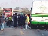 Fallecen seis personas por encontronazo entre Saeta y camioneta