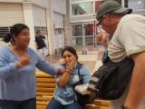 Capturan a presunta carterista en Soriana Los Pinos
