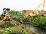 Maquinaria de Conagua continuará la limpieza de canales en el municipio de Veracruz