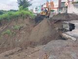 Robo de tierra provocó deslave en Río Medio 3