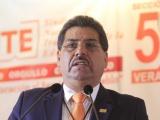 Suspenden cotización en IPE de 200 maestros