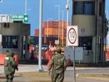 Maleta provoca movilización en la entrada de recinto portuario