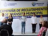 Abre Fernando Yunes  convocatoria para agentes de tránsito