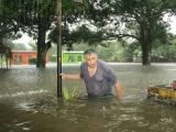 Piden estar atentos por crecidas de ríos, tormentas y posibles deslaves y derrumbes