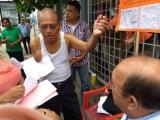 Realiza anciano protesta ante falta de atención médica en el HAEV