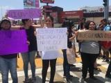 Estudiantes de la UV protestan ante ola de feminicidios en el estado