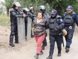 Desalojan a cientos de invasores de terrenos de colonia irregular al norponiente del puerto