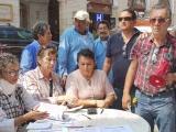 Instalan mesa para recepción de quejas contra Grupo MAS y CAB en el Zócalo de Veracruz