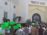 Protestan vecinos de la zona norte contra APIVER