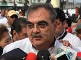 Jubilados acusan desabasto en hospitales de Pemex