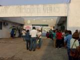 Protestan maestros de telesecundarias en delegación de la SEV