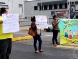 Cierran avenida para exigir que se reactiven quimioterapias para niños con cáncer P