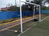 Se desploman gradas de unidad habitacional de Río Medio