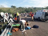 Se accidentan migrantes en San Andrés Tuxtla, reportan una persona fallecida
