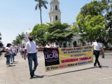 Protestan propietarios de bares en Córdoba