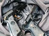 Detiene a dos presuntos extorsionadores, traían armas de fuego
