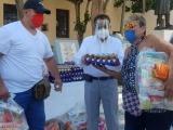 Reciben apoyo alimentario empleados de centros nocturnos de Veracruz