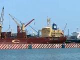 Con sirenas de barcos, marinos mercantes celebran Día del Trabajo