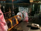 Evacúan de buque a sospechosos de Covid