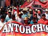 Antorchistas también van por Morena