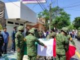 Realizan homenaje póstumo y sepultan a médico militar, fallecido en accidente aéreo en el Lencero