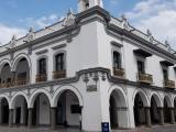 No heredará Yunes Márquez personal basificado a próxima administración municipal